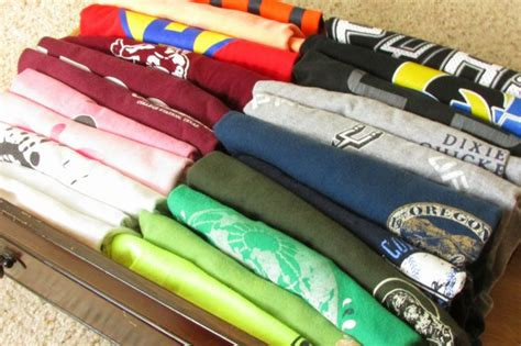 Best Way To Fold T Shirts For Drawers by T Shirt Storage Ideas Best Home Design Ideas
