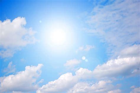 shining sun  clear blue sky  photo