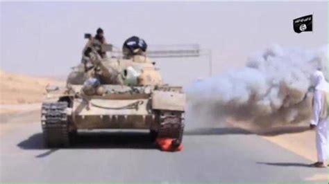 Topi Trucker Dmassiv terrorist kills a by running an armored