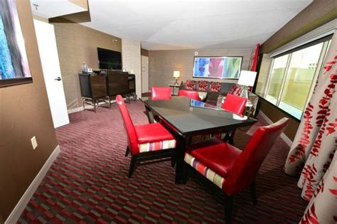 one bedroom suite las vegas tower one bedroom suite picture of mgm grand hotel and