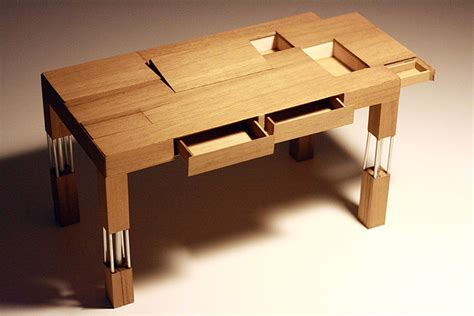 Small Table Desk by Small Wooden Table Desk Review And Photo