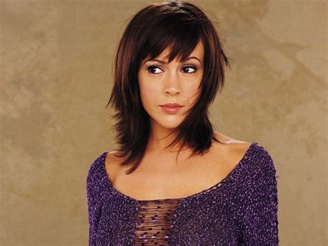 Phoebe Halliwell Hairstyles by Phoebe Wallpaperღ Phoebe Halliwell Wallpaper 22550442
