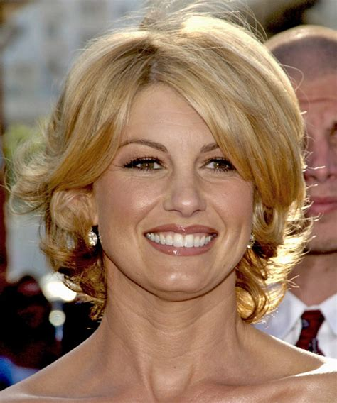 faith hill short hair 2015 2015 faith hill short haircut newhairstylesformen2014 com