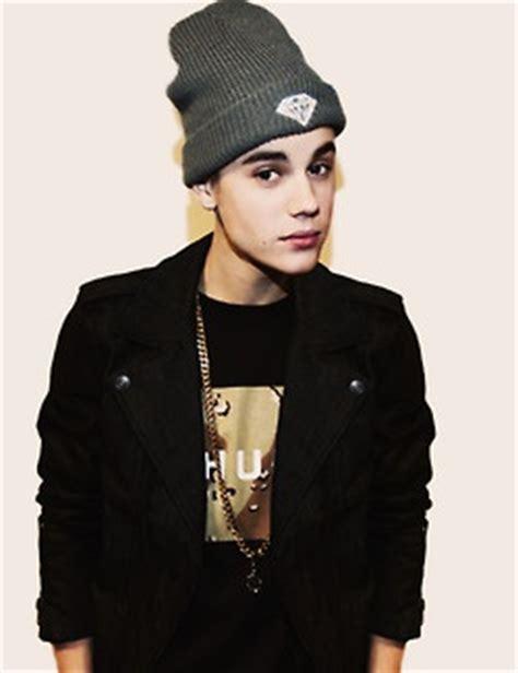 Beanie Topi Kupluk Justin Bieber he s wearing a beanie asdfghjk justin bieber