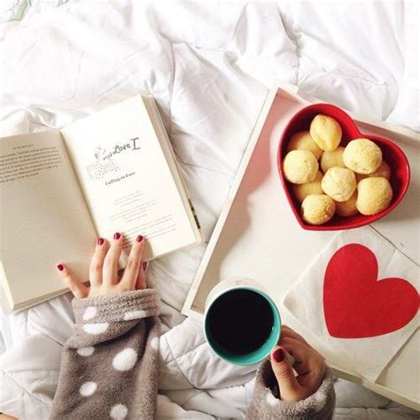 heartgirls rosalinda books image via we it bed books coffee fashion