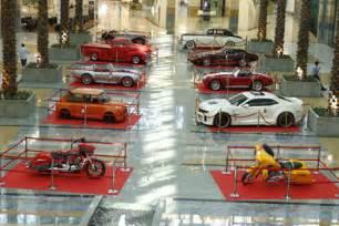 Car Rental Dubai Mall Of The Emirates Motor Show Festival Classic Cars Roll Into Dubai Malls