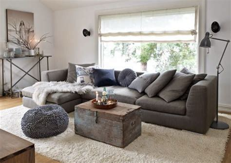 wall color for charcoal sofa what color walls go with charcoal sofa www energywarden net