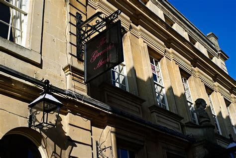 bathtub pub bath pub crawl bath uk tourism accommodation restaurants whats on
