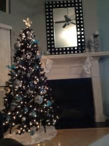 Kitchen Table Ideas For Small Kitchens Black Christmas Tree Decorating Themes 17 Best Ideas About