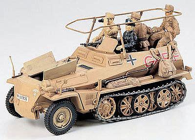 Famo Accessories Brown german sdkfz 250 3 greif halftrack plastic model