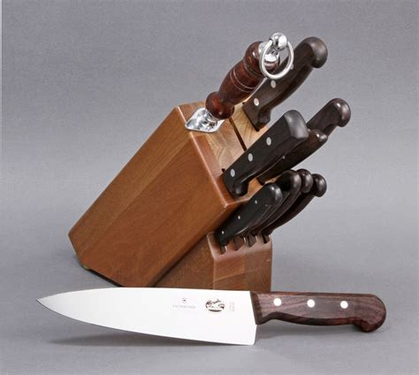 victorinox kitchen knives set vn46153 victorinox 11 kitchen knife block set