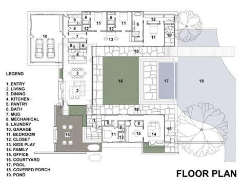 plano de casa de un piso 005jpg casa de un piso con cuatro dormitorios construye hogar