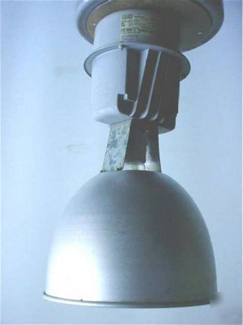 Mercury Vapor Light Fixture Hubbell Industrial 400w Mercury Vapor Lights Lighting