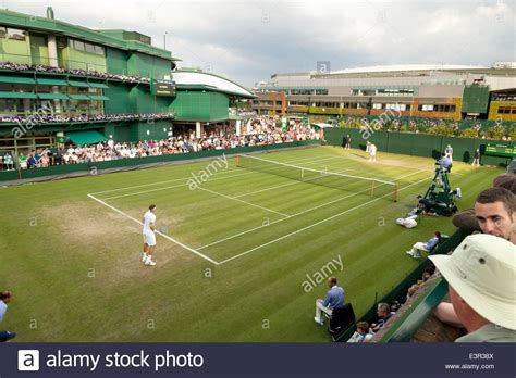 Limited Bola Tenis Chionship Isi 3 Terbaik tennis match on an outside court the wimbledon all