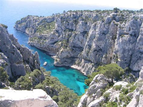 cassis bank 25 best ideas about les calanques on