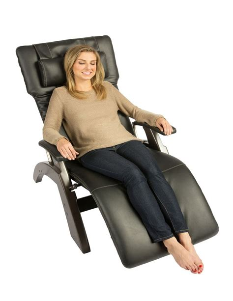 recliner chairs toronto 1000 images about buy perfect recliners and accessories