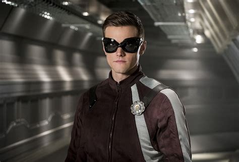 News More And The City Spoliers 2 by Photos The Flash Season 4 Episode 11 Elongated S