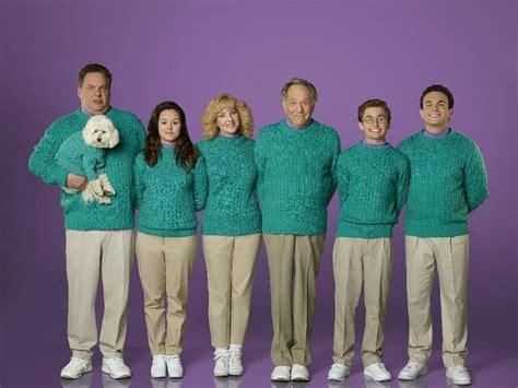 goldbergs tv show cast the goldbergs wendi mclendon covey jeff garlin kevin
