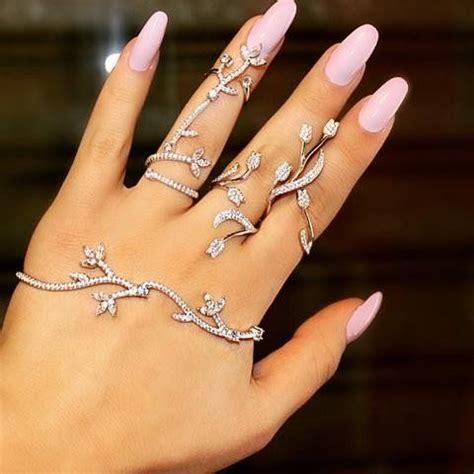 Flower Crystal Hand Palm Bracelet   Wedding jewelry sets, Hand bracelet and Full finger rings