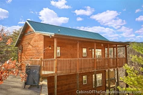 pigeon forge cabin climbing 2 bedroom sleeps 6