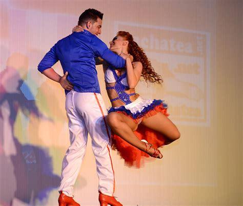 mucica bachata bailando bachata related keywords suggestions bailando