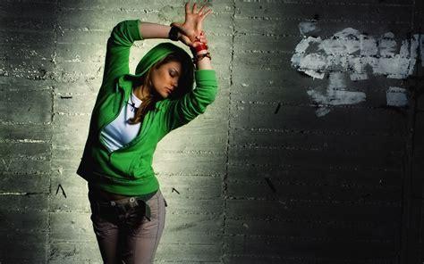 wallpaper girl dance dance girl wallpaper 69031