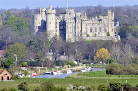 Arundel Search Arundel Offers Historic Tour Of The Town Discover Britain S Towns