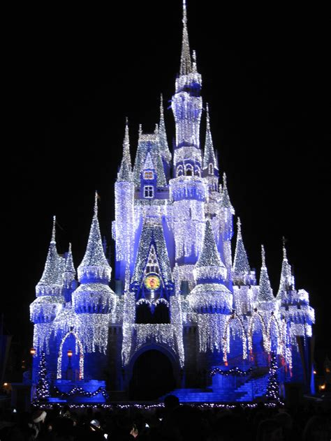 29 see the castle lights at christmas cinderella castle