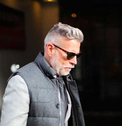 man 50 years old with gray hair pomadour hair cut cortes de pelo invierno 2018 hombres maduros modaellos com