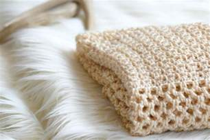 how to crochet an easy mesh stitch mama in a stitch