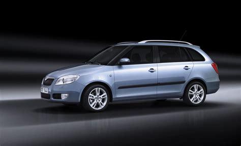 skoda fabia 2008 review skoda fabia estate car wagon 2008 2010 reviews