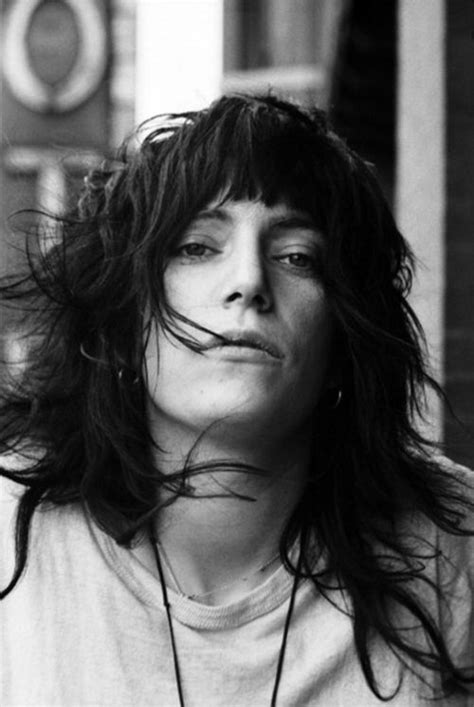 patti smith hairstyle patti smith by david gahr 1971