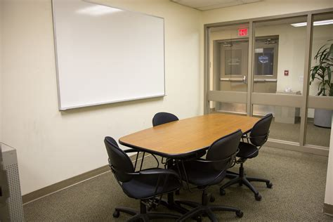 Lounge Room | book a study room online student center university of