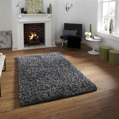 heavy rugs shaggy rugs are tufted in india with a heavy weight pile and a combination of