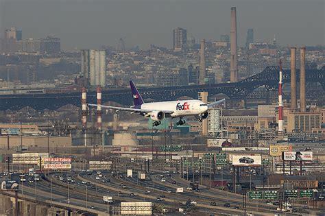Fedex Garden City Ny N884fd Fedex Boeing 777 200lr Ewr Newark International