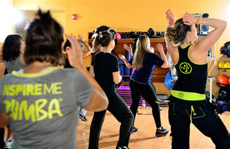 zumba steps for weight loss zumba will you let it move you fitzala