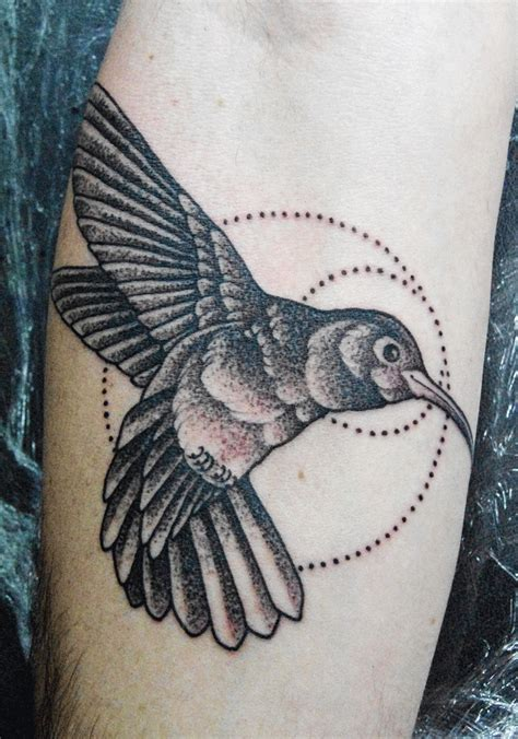 black and grey hummingbird tattoo mark lonsdale tattoo sydney bondi humming bird dot work
