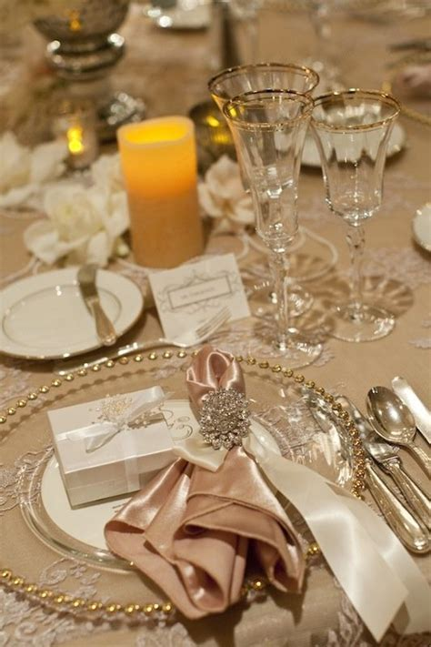Best 25  Formal table settings ideas on Pinterest   Table