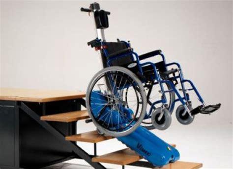 fauteuil roulant pour escalier 4591 chenillette monte escalier accessibilite fr