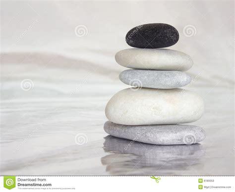 imagenes del zen piedras del zen imagen de archivo imagen de reflexi 243 n