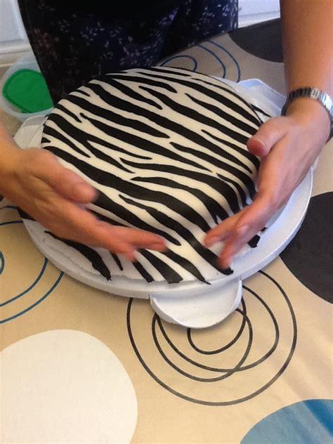 zebra pattern icing zebra cake artzcool s blog