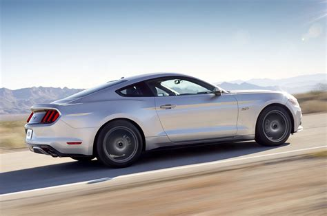 2015 ford mustang silver 2015 ford mustang revealed in ingot silver autoevolution