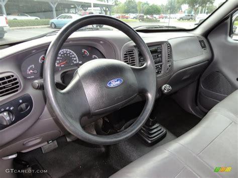 2003 Ford F150 Interior by 2003 Ford F150 Xl Regular Cab Interior Photo 53989481