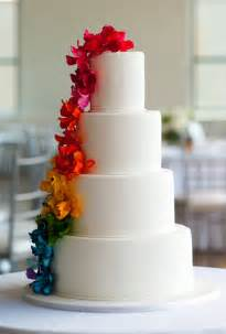 Pictures of wedding cakes with flowers expensive wedding