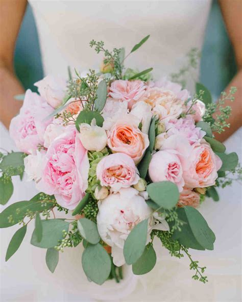 Weddings Flowers Pictures by 46 Pretty Peony Wedding Bouquets Martha Stewart Weddings