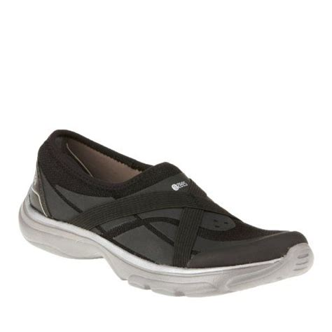 naturalizer athletic shoes walking shoes s and walking on