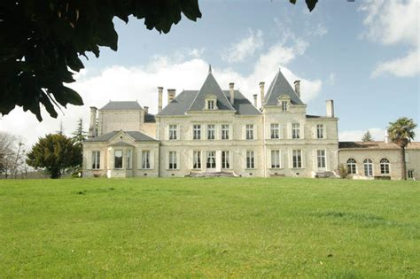 french country chateau classic french chateaux r0162 classic country chateau