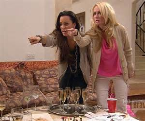 What Is The Issue Between Kim And Kyle Richards   real housewives of beverly hills star kim richards denies