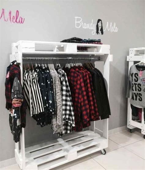 armarios hechos con palets armarios y percheros hechos con palets la cartera rota