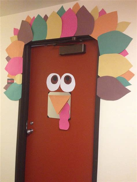 Turkey Door Decoration by Turkey Door Decorations Decor For Thanksgiving College